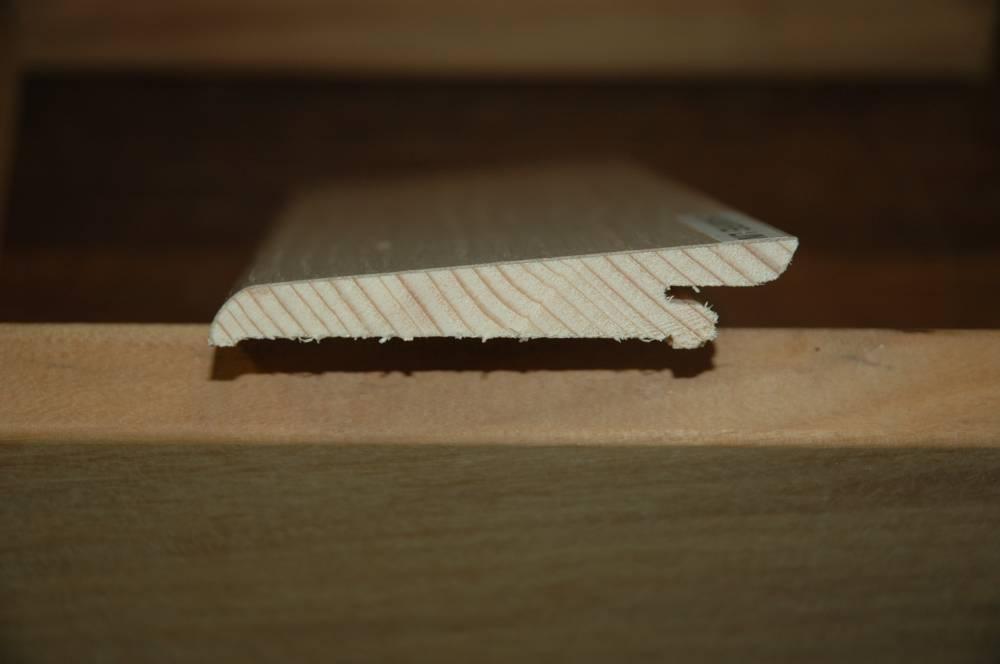 parquet plinthe trendy goulotte cache fil plinthe mdf parquet cache fils revtu papier blanc. Black Bedroom Furniture Sets. Home Design Ideas