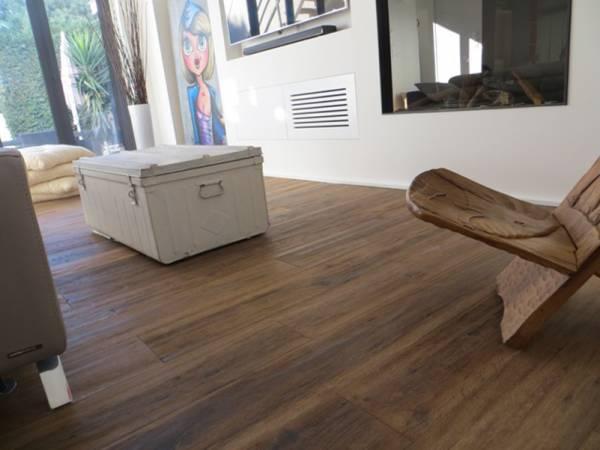 toutes nos offres parquet bois ou stratifi en vente en ligne 100 bois. Black Bedroom Furniture Sets. Home Design Ideas